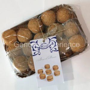 biscotti tradizionali alla nocciola baci di dama