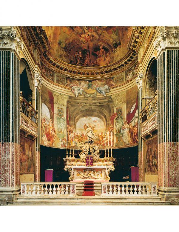 Vista altare laterale cattedrale di san lorenzo
